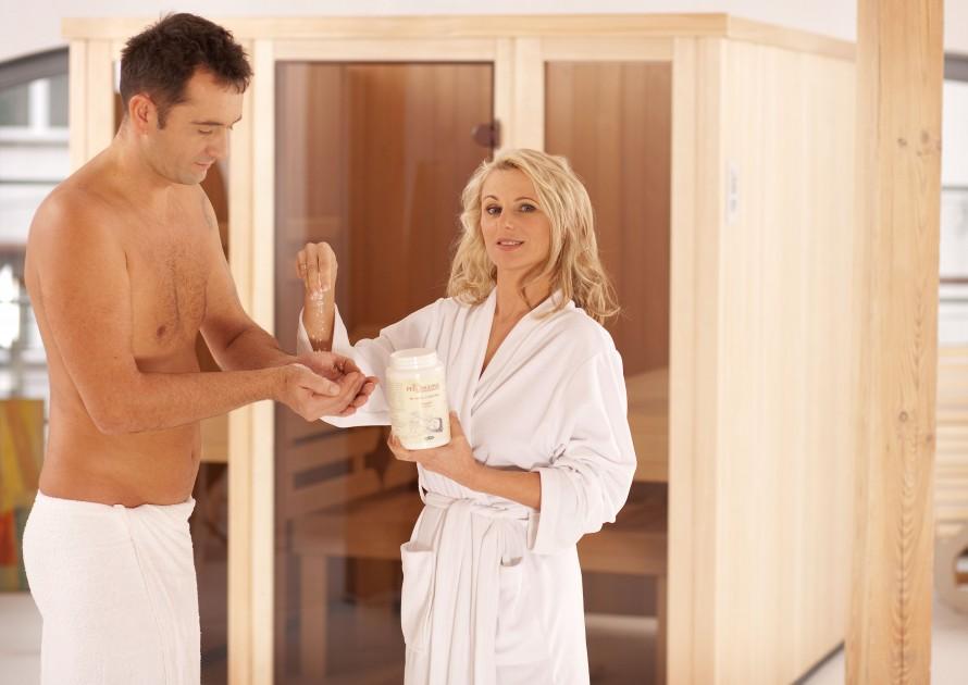 Dzięki peelingom w saunie Twoja skóra odżyje...